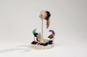 muizenfamilie pluche op veer, met catnip